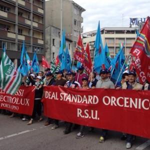 """Ideal Standard, sfuma l'accordo. I sindacati: """"Mobilitazione di massa"""""""