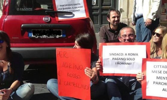 """""""Nove multe sospese al sindaco Marino"""": è polemica a Roma"""