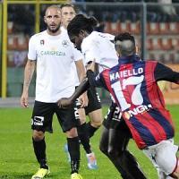 Serie B: Spezia-Crotone 2-1, i liguri volano al secondo posto
