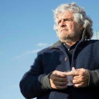 """Grillo: """"Spezzare la catena del Nazareno"""". Toti: """"Il Patto regge"""""""