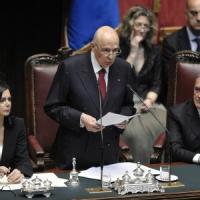 """Napolitano, Renzi: """"E' garanzia per tutto il Paese"""". Da Fi: """"Se lascia, c'è profezia su voto"""""""