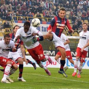 Serie B, il Carpi resiste a Bologna. Il Frosinone vola in vetta