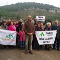 Turchia: via gli alberi per far posto a una centrale, rabbia a Soma