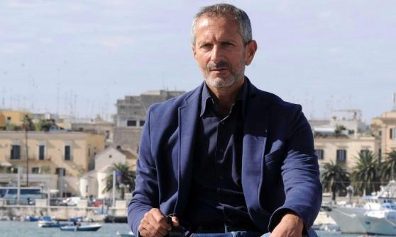 """Gianrico Carofiglio e 'La regola dell'equilibrio': """"Un libro su un'Italia che si autogiustifica"""""""