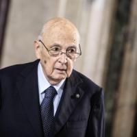 M5S denuncia in procura il patto del Nazareno. Berlusconi convoca i vertici di Forza Italia