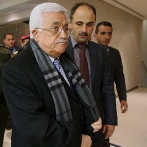 """Medio Oriente, Abu Mazen contro Hamas: """"Distrugge l'unità nazionale"""""""