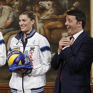 Volley, le azzurre da Renzi: ''A voi la medaglia della riconoscenza''