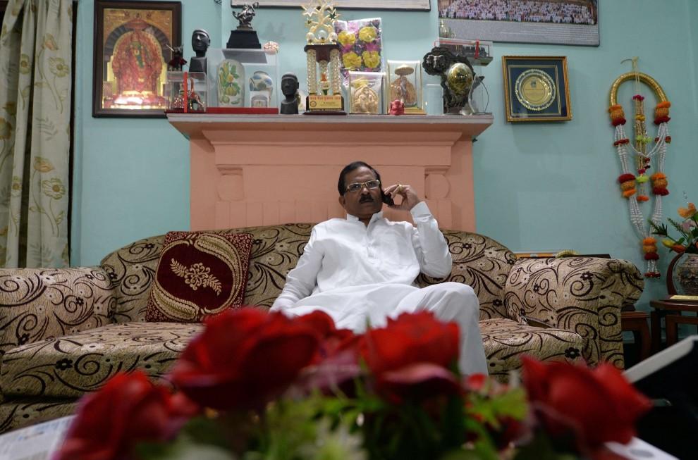 India, rimpasto di governo: Modi nomina ministro per lo yoga