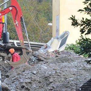 Maltempo, due vittime in Liguria. Allarme piena Taro. Allagamenti nel Bresciano