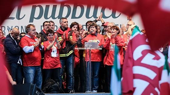 Riforma della PA, Palazzo Chigi convoca i sindacati per il 17 novembre