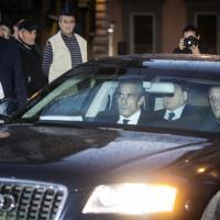 Vertice con Renzi: l'arrivo di Berlusconi a Palazzo Chigi