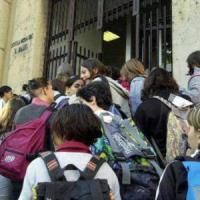 Allarme scuola, il 32,5% degli edifici è a rischio. Trento provincia più sicura, Roma al...