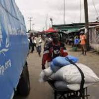 Ebola, 829 tonnellate di beni trasportati in Guinea dal pronto intervento