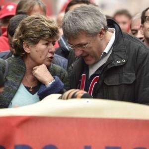 """Jobs Act, Camusso: """"Partita non è chiusa"""". Landini: """"Avanti fino in fondo"""". E Ncd apre all'accordo"""