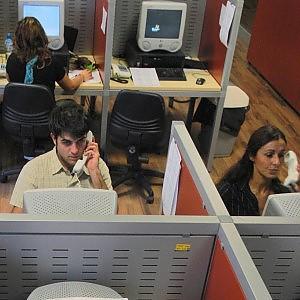 Gender gap: in Italia soffrono di più le impiegate. Guadagnano 3mila euro meno dei colleghi