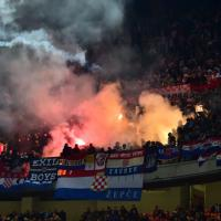 Italia-Croazia, gara sospesa per lancio fumogeni dei tifosi croati