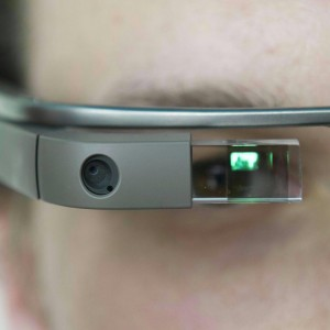 """""""Belli, innovativi ma anche inutili"""": così i Google Glass rischiano il flop"""