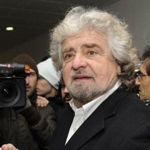 Redditi, la dichiarazione 2013 di Grillo: 147mila euro e quattro case tra Italia, Svizzera e Francia
