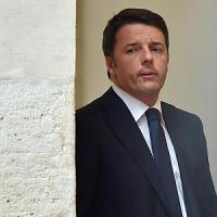 """Sciopero, Renzi: """"Sindacati passano tempo così"""". Cgil: """"Parla solo con chi gli dà ragione"""""""