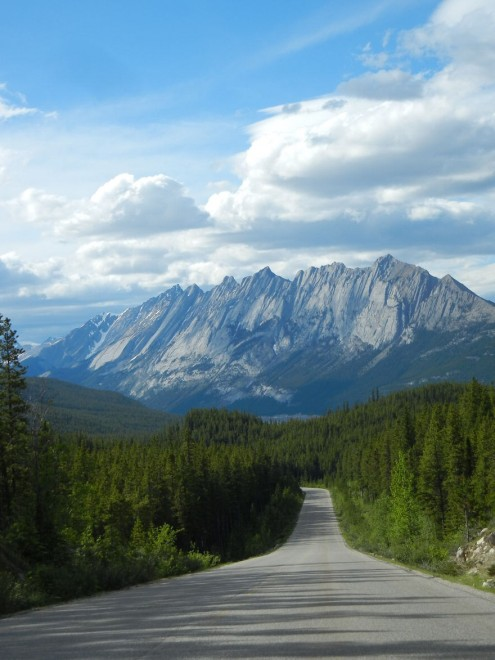 On the road: dalla Romania al Canada, le strade più affascinanti del mondo<br />