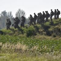 "Ucraina, Osce: ""Spari su convogli osservatori"".  Iatseniuk: ""Putin vuole una guerra..."