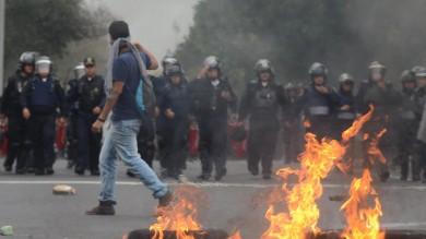 Messico, scontri nella capitale      per gli studenti scomparsi   video