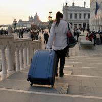 Venezia vieta i trolley: ''Rovinano la città''