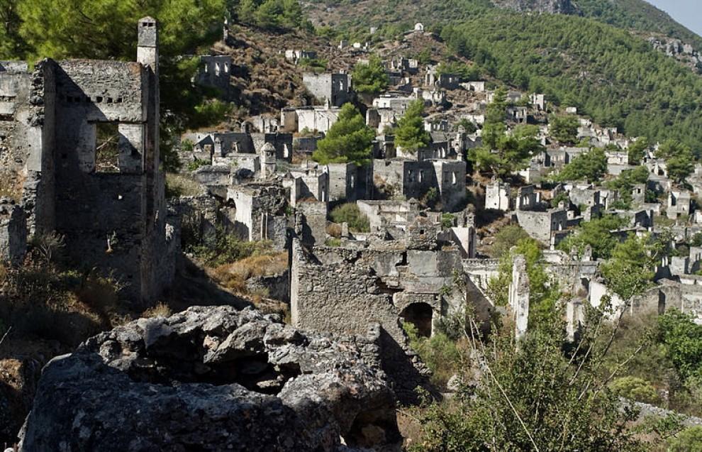 Splendidi abbandoni: le città fantasma in Italia e nel mondo