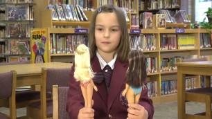 ''Più simile a noi'', la reazione delle bambine a Lammily    Foto  La bambola con la cellulite