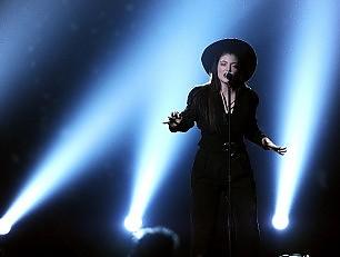 """Lorde come Katniss """"Il mio canto della rivolta"""" -   Foto   -   Video"""