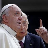"Visita a sorpresa del presidente Napolitano a Papa Francesco ""in clima di grande..."