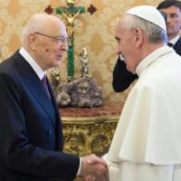 """Napolitano dal Papa, la visita del congedo. """"Rapporto molto intenso"""""""