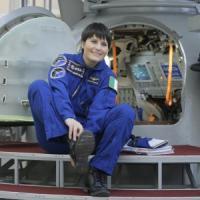 """Cristoforetti pronta a volare nello spazio. Renzi: """"Prima donna italiana, tutti ..."""