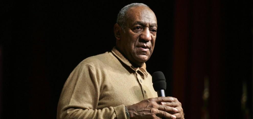 """Bill Cosby, nove donne lo accusano: """"Ci ha violentate"""""""