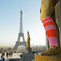 Yarn bombing: da Parigi a New York, l'arte della lana che colora le città
