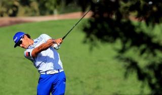 Golf, Dubai: Cabrera Bello aggancia Stenson in vetta