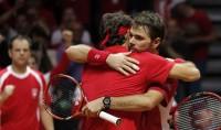 Federer, riscatto in doppio Francia-Svizzera 1-2   foto