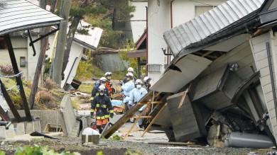 Terremoto in Giappone, 39 feriti   video    crolli nella prefettura di Nagano   foto
