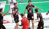 Ultime Notizie: Volley SuperLega, Macerata e Modena facile. Trento su salva al tie break