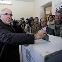 Calabria, plebiscito per Oliverio: dal Pci alla 'grande' alleanza del centrosinistra