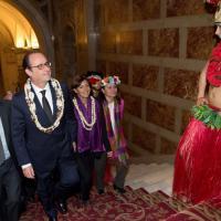Parigi, Francois Hollande stregato dalla danzatrice