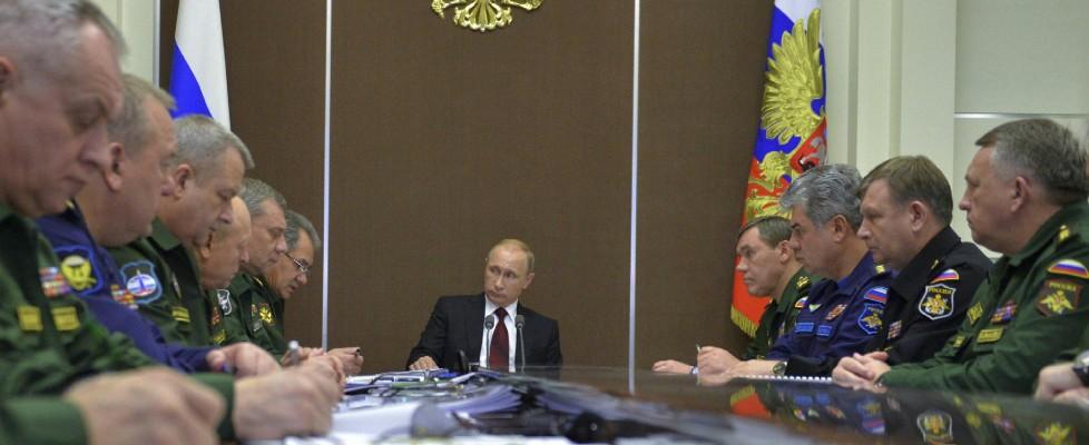 Ultime Notizie: Il bancomat di Putin per i nazionalisti d'Europa. In fila anche la Lega: