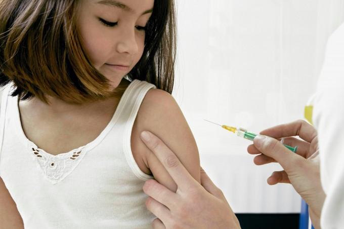 """Il Tribunale: """"Bimbo autistico per colpa del vaccino"""""""