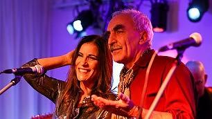 Webnotte, la musica è social   L'Halleluja di Paola Turci    foto -     timelapse