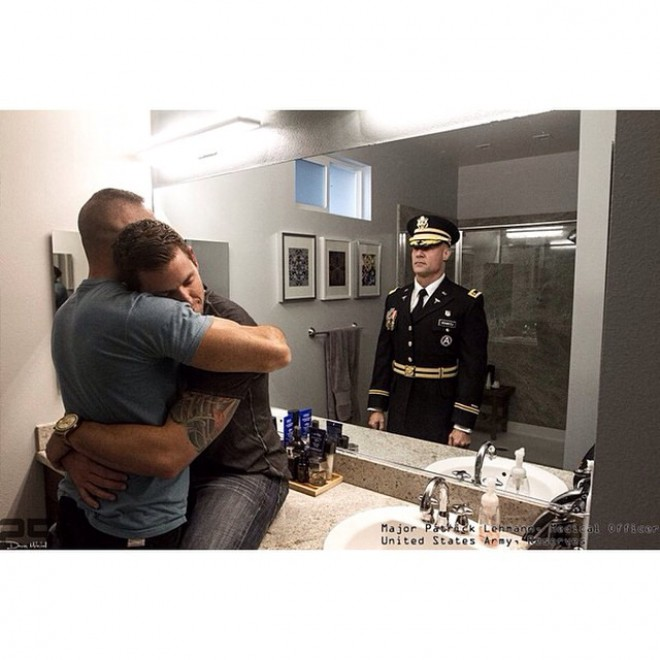 Militari allo specchio la vita oltre la divisa - Foto allo specchio ragazzi ...