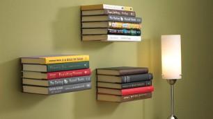 Troppi libri e non so dove metterli Ecco le soluzioni più originali