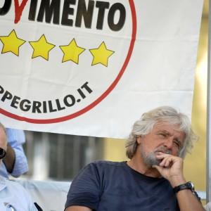 """M5s, Grillo: """"Fuori Artini e Pinna"""". Al via voto sul Web"""