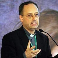 """Spadaro: """"Il dialogo è accoglienza e Bergoglio ama il conflitto,"""