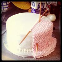 Quando l'uncinetto è dolce: le torte più divertenti fatte con ago e filo
