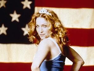 Madonna, un brano online e i fan contestano